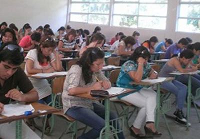 Huaral: profesores rindieron prueba para contrato 2013